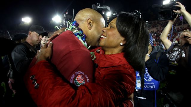 Condoleezza Rice congratulates David Shaw