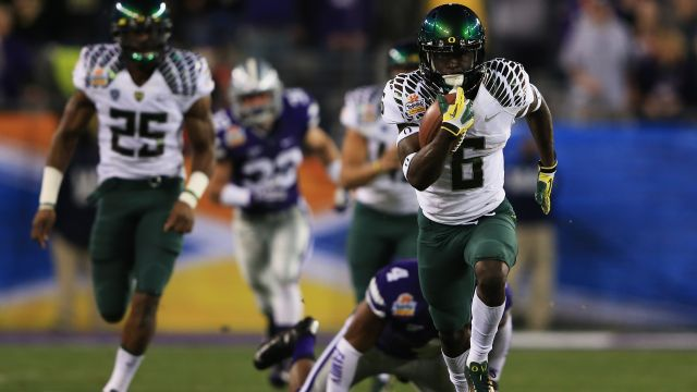 Oregon races past Kansas State (Highlights)